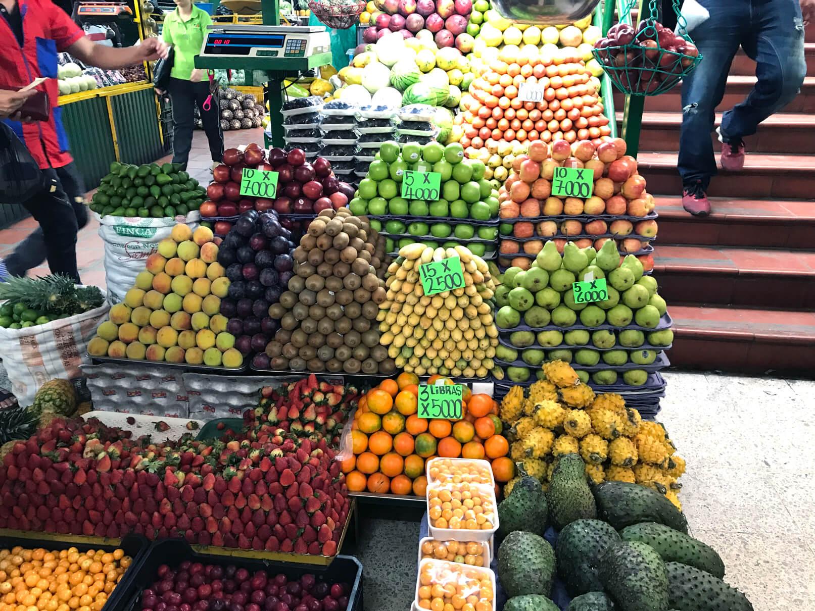 Minorista Market Medellin