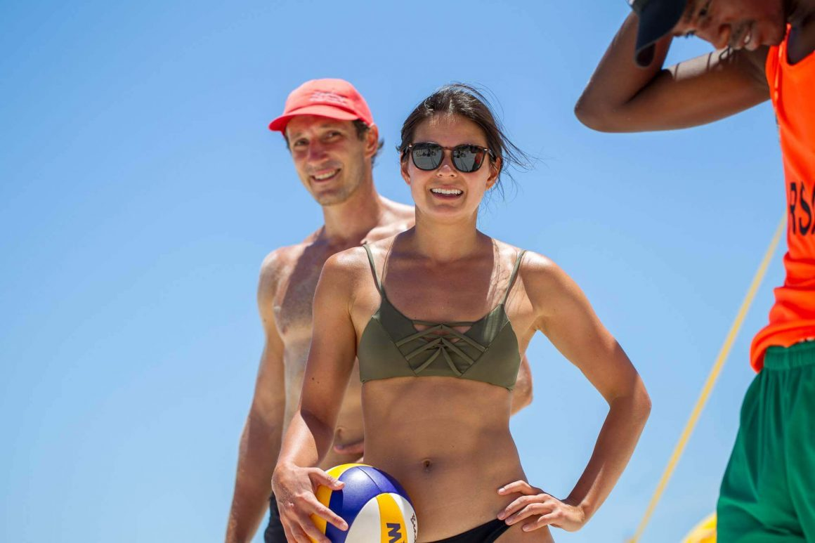 Playing volleyball in Cape Town is one of the pros and cons of working from home.