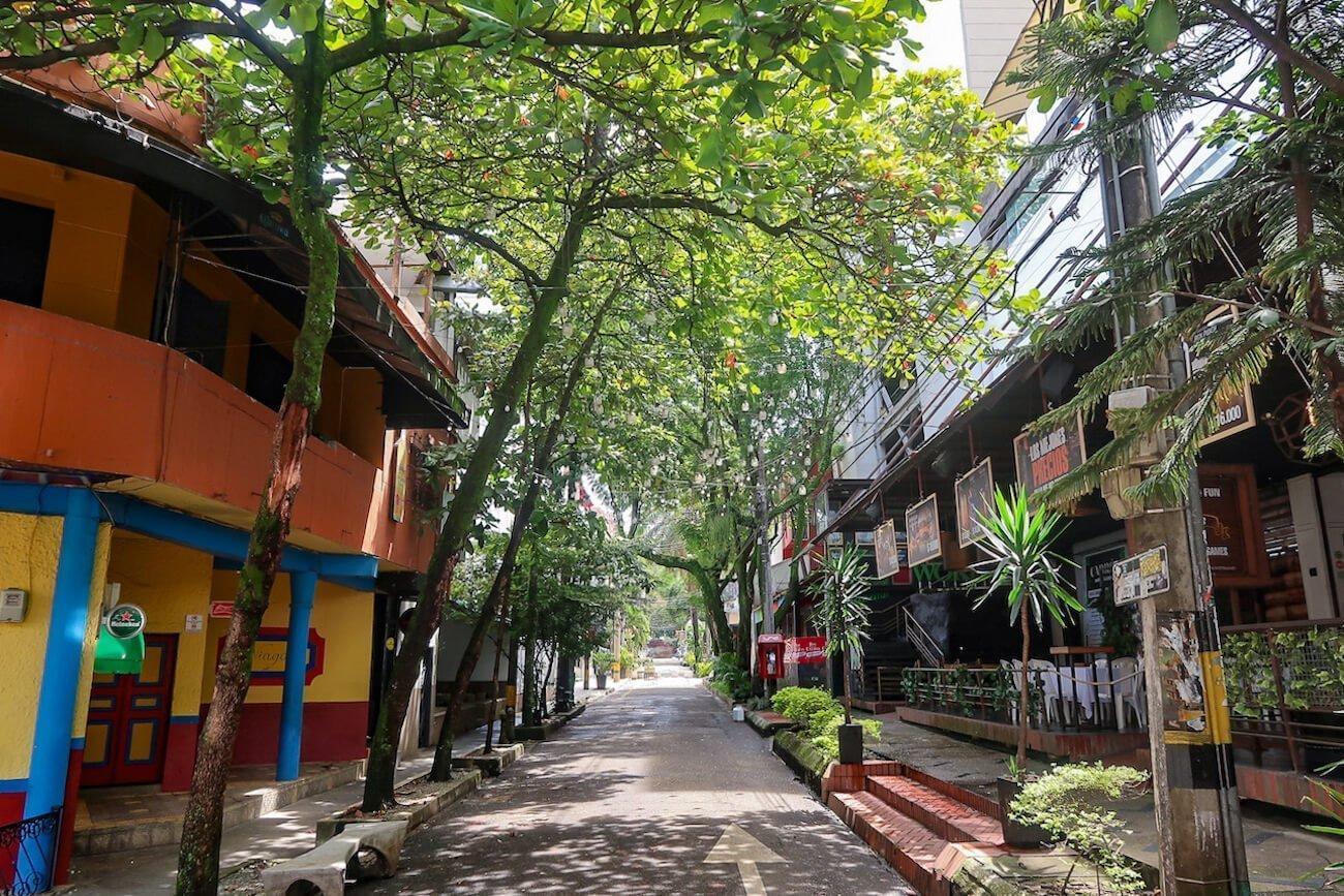 Quiet street near Parque Lleras in El Poblado, Medellin