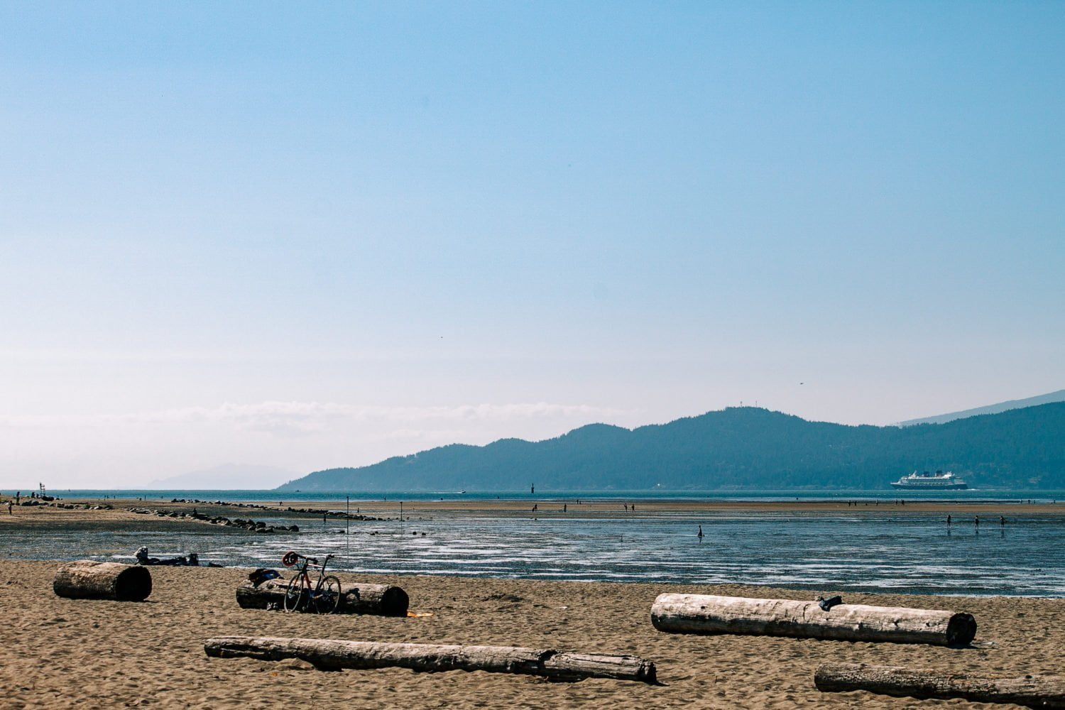 spanish banks tide out vancouver beaches