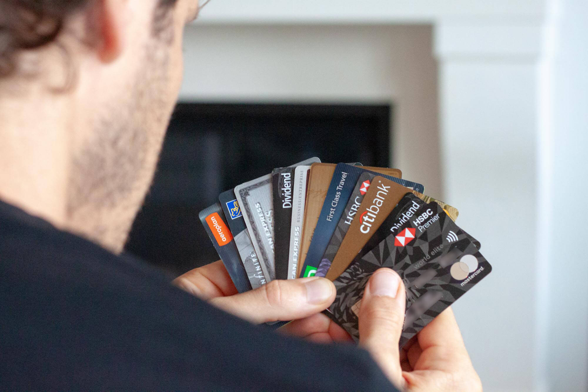 Cover of me picking the best Canadian credit card for international travel