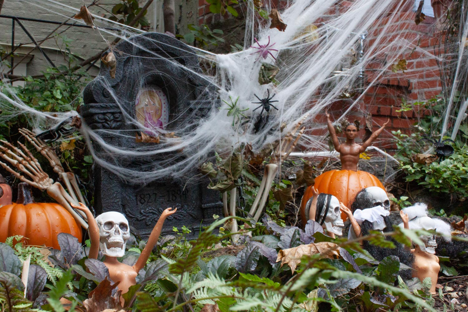The Barbie pond Halloween display
