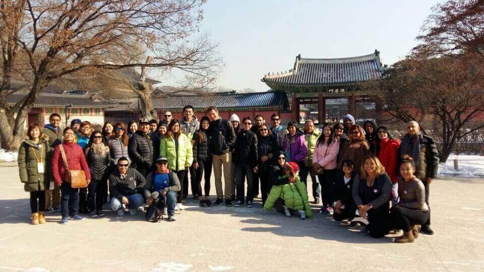 Chris and Kim and the Seoul, Korea airport layover tour group