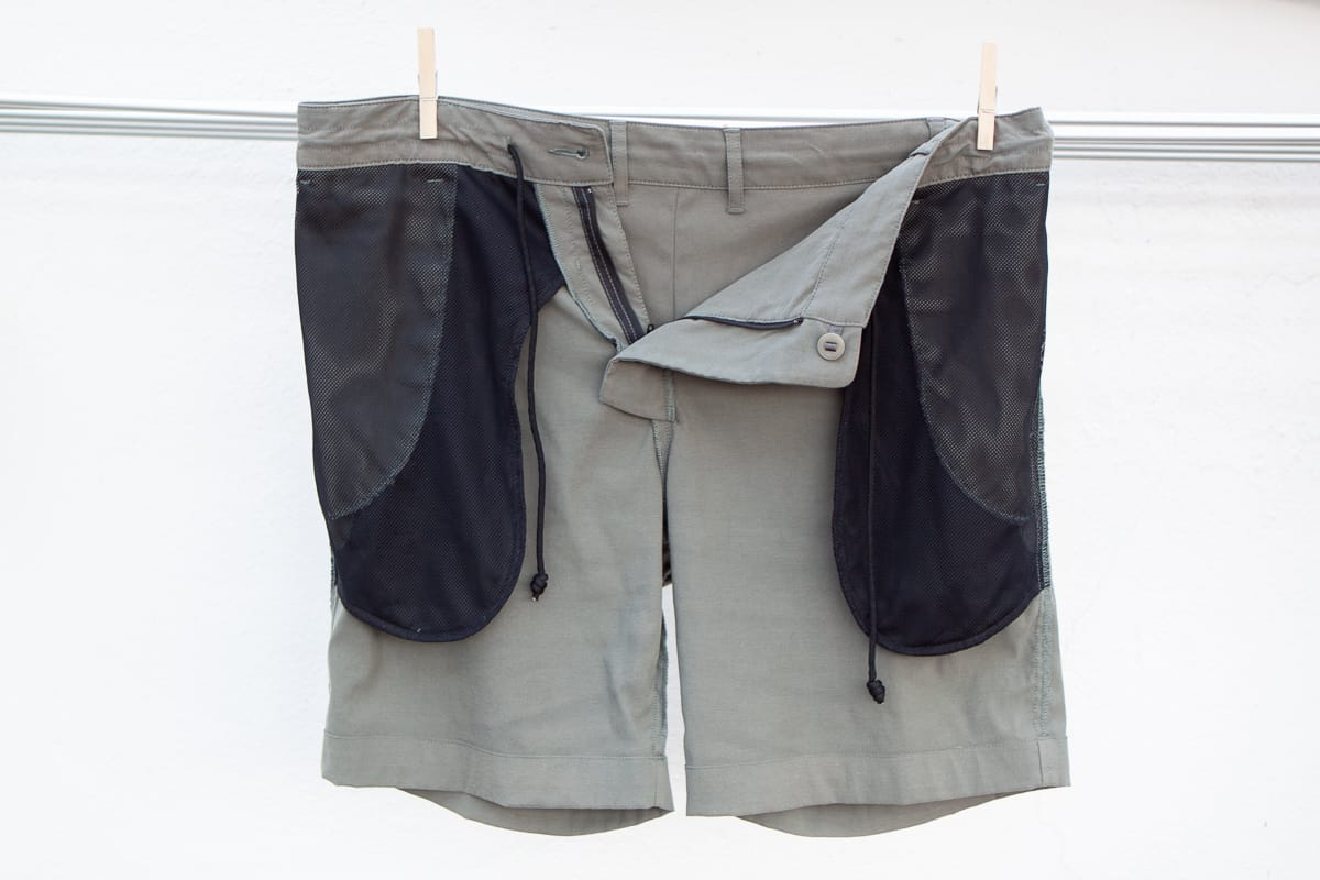 Outlier shorts held up on close line, inside out