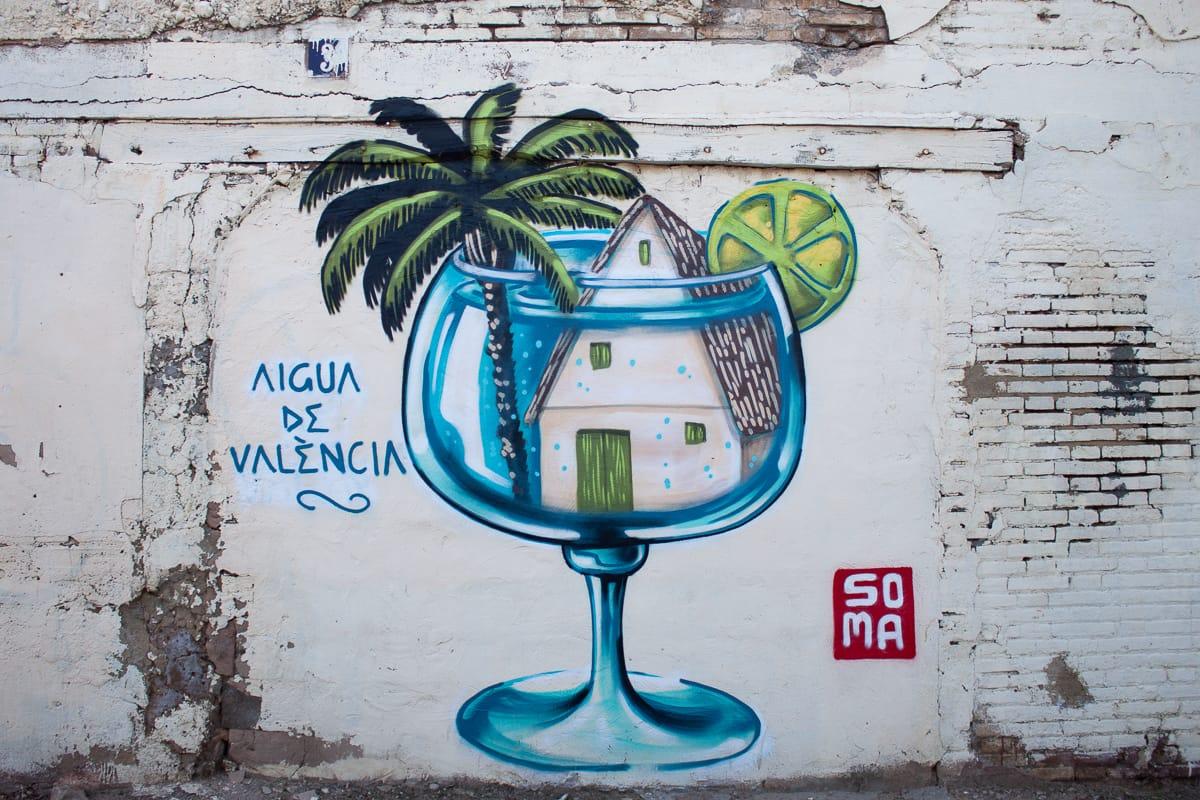 Agua de Valencia graffiti