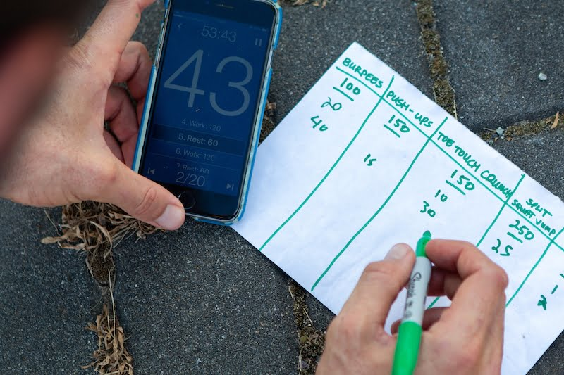 Writing down number of reps done in the last interval